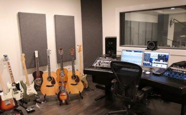 Spike Leo Studio Stop Dreaming and make Reality!